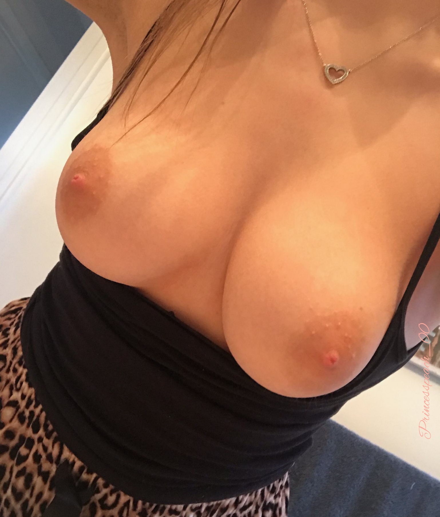 Are you staring rn?? (F)